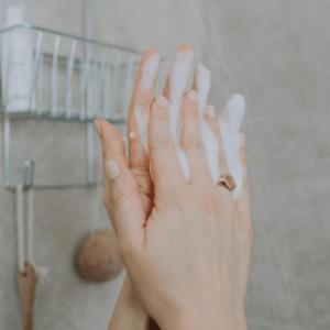 Nettoyants, démaquillants et lotions